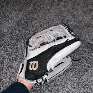 Wilson A2000 Infield Softball Glove